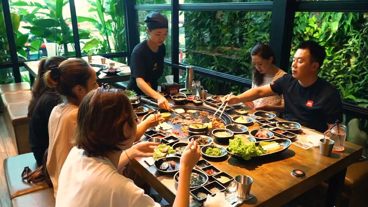 Giải mã địa điểm ăn ngon và tiết kiệm đang hút khách tại Đà Nẵng